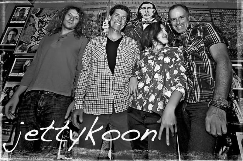Jettykoon Nov22 by DanielGonzalez